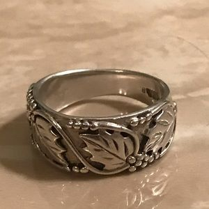 Jewelry - Silver 925 Leaf Ring Size 6 1/2